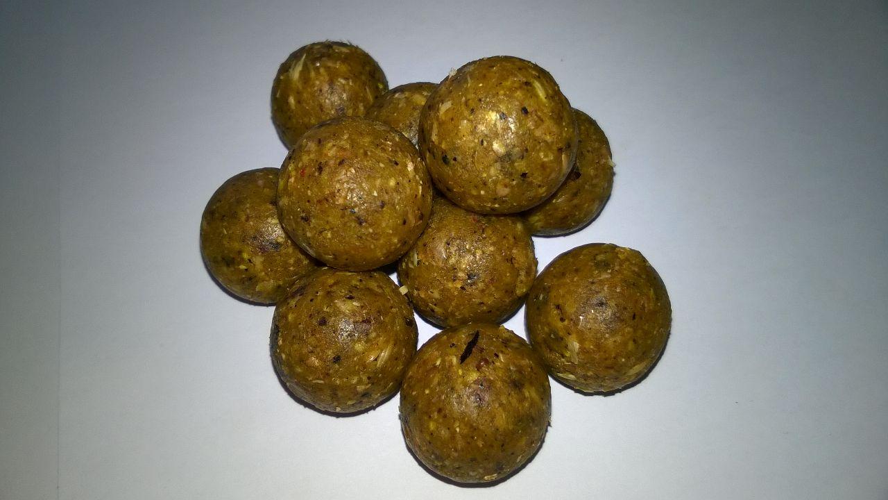 Boilies RollyCarp BirdFood Dolce 20/24 mm Big Pack 50/100 KG --- Spedizione Gratuita